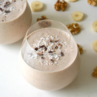 Banana Nut Smoothie with Lucuma