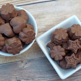 Chocolate Coconut Fat Bombs.