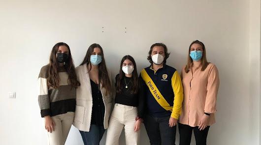 Albox: el grupo de jóvenes que vende su ropa para donar dinero a causas sociales
