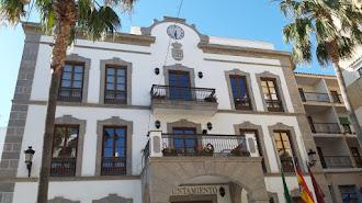 Imagen del Ayuntamiento de Adra.