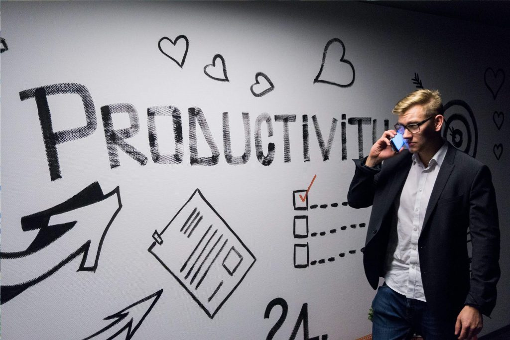 22 Tips To Improving Productivity In Freelancing
