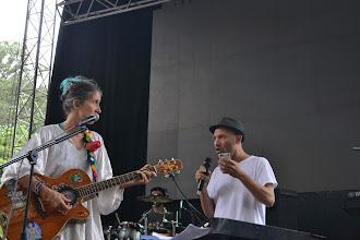 Photo: Jacobo y Andrea preparando el show