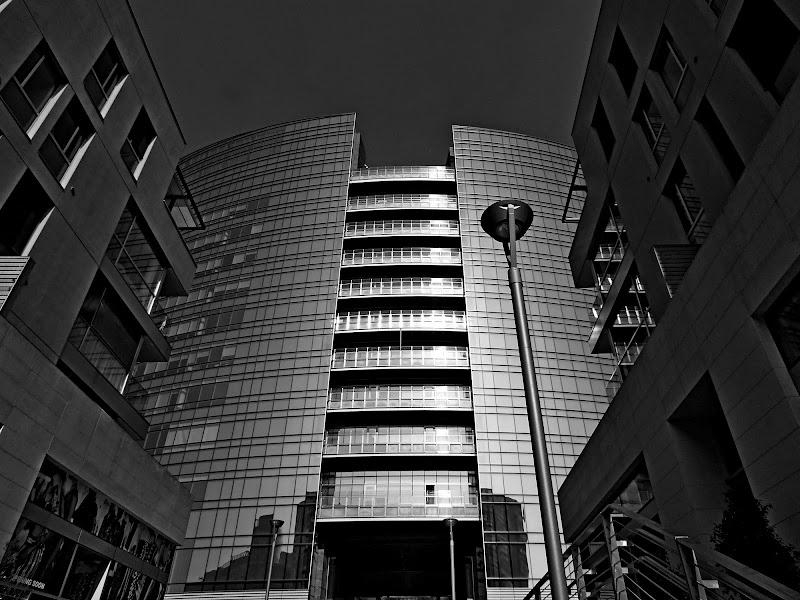 Nuove architetture a Milano di Giò Volpi