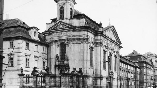 Церква святого Карла Боромейського під час окупації