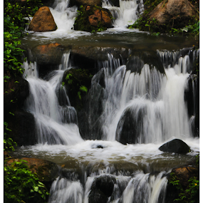 Waterfall by Arunkumar Boyidapu - Landscapes Waterscapes ( water, waterfalls, beautiful, flow, scenic )