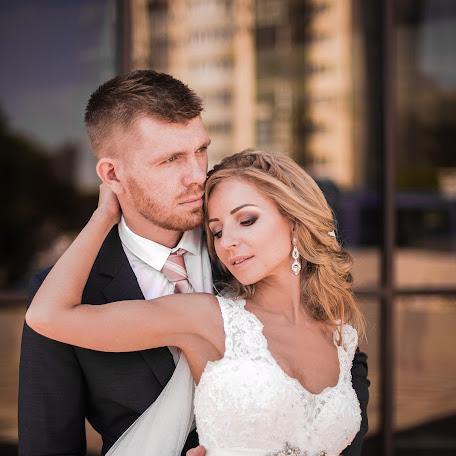 Wedding photographer Anna Svetlichnaya (Svetlichnaya). Photo of 14.03.2018