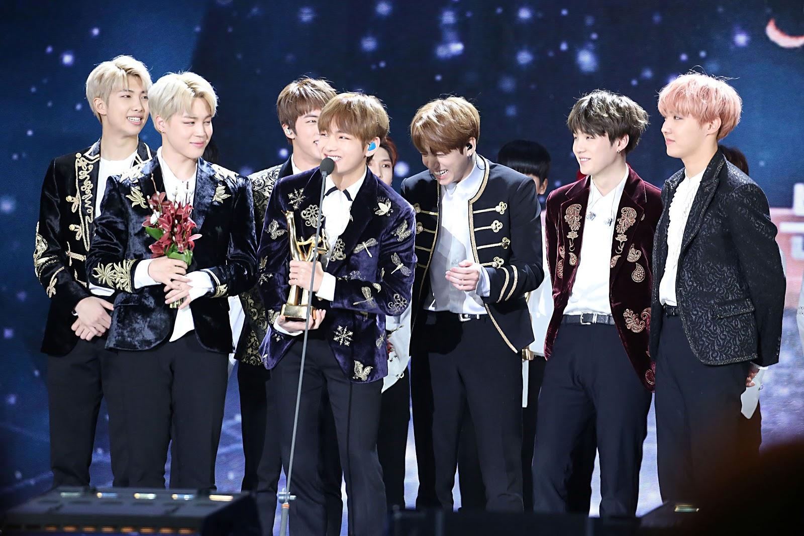 BTS_at_the_31st_Golden_Disk_Awards
