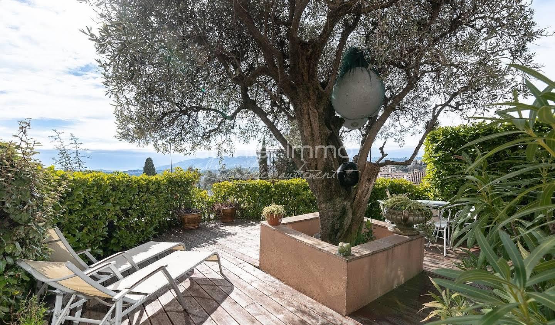 Appartement avec terrasse et piscine Grasse