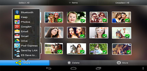 Sort your photos in 3D with Customizable 3D Perfect Gallery