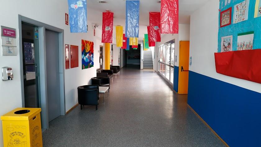 Las aulas continúan vacías desde marzo.