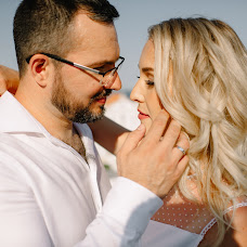 Wedding photographer Vladimir Brynzar (AndreNikita). Photo of 10.10.2018