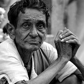 by Sayan Bhattacharya - People Portraits of Men ( senior citizen )