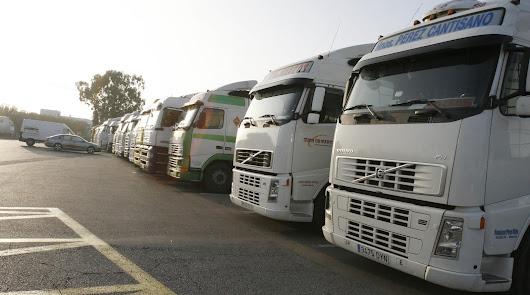 Más de 300 camioneros de Almería reclaman 40 millones a los fabricantes