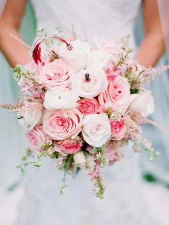 結婚式のブーケのアイデア