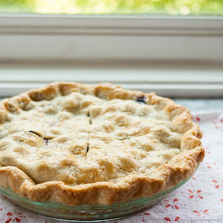 How to Make Perfectly Flaky Pie Crust.