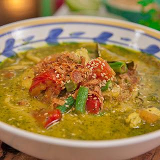 Khao Soi (Burmese Noodle Soup)