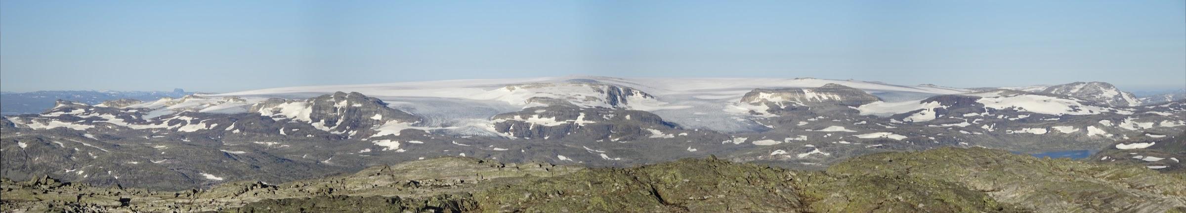 View of Hardangerjøkulen from the Hallinskarvet Ridge