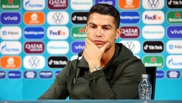 Viral Video Ronaldo Singkirkan Botol Coca-cola di Euro 2020