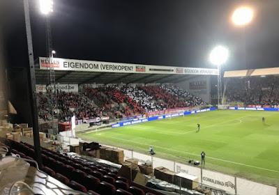 Voici le tifo des supporters de l'Antwerp et de Courtrai (vidéo)