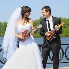 Wedding photographer Irina Tumenok (ArtSpace). Photo of 24.05.2013