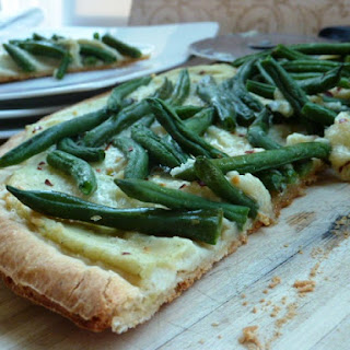 Cauliflower and Green Bean Pizza