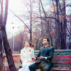 Wedding photographer Natalya Popova (Sputnik-30). Photo of 14.02.2013