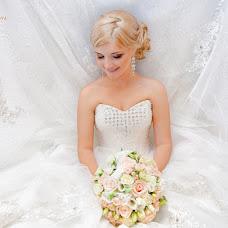 Wedding photographer Alena Sokolova (alenas0k0l0va). Photo of 11.08.2015