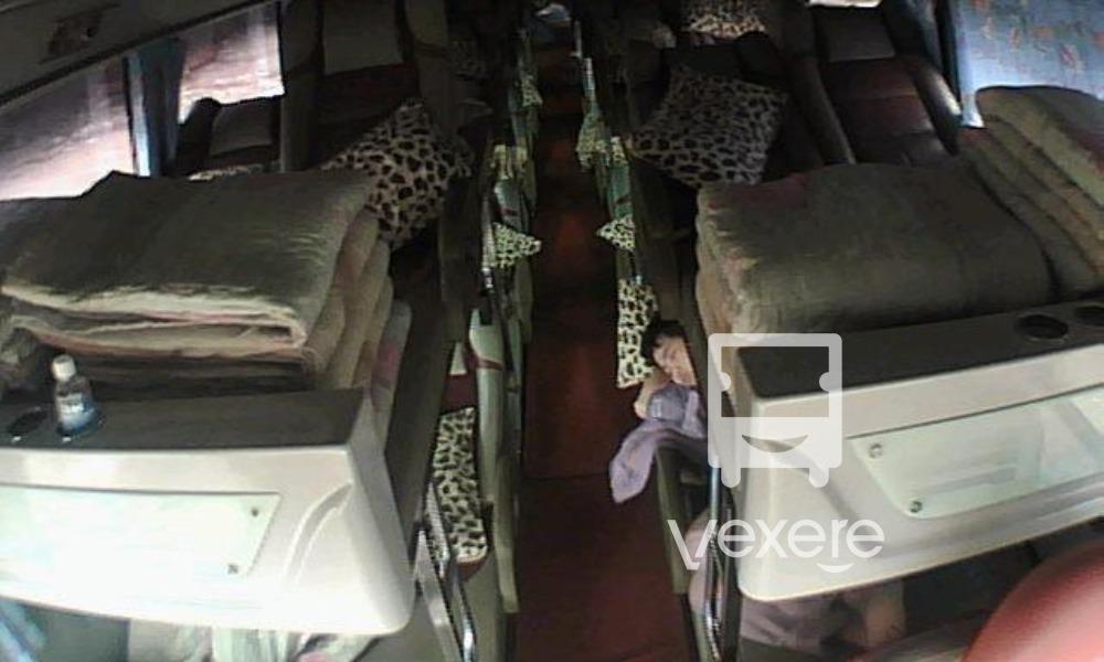Nội thất xe Cầu Mè đi Hà Giang từ Hà Nội