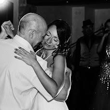 Wedding photographer Valentine Bee (bemyvalentine). Photo of 24.02.2016