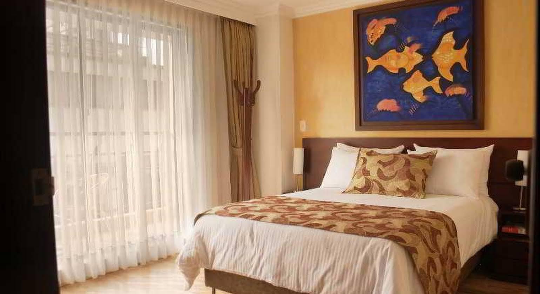 Luxor Plaza Hotel