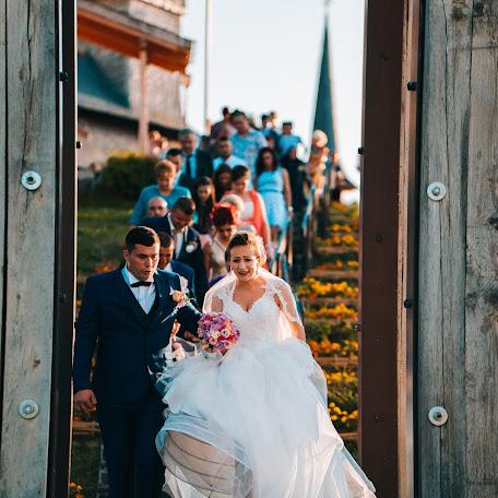 Wedding photographer Criste Marius (CristeMarius). Photo of 21.11.2017