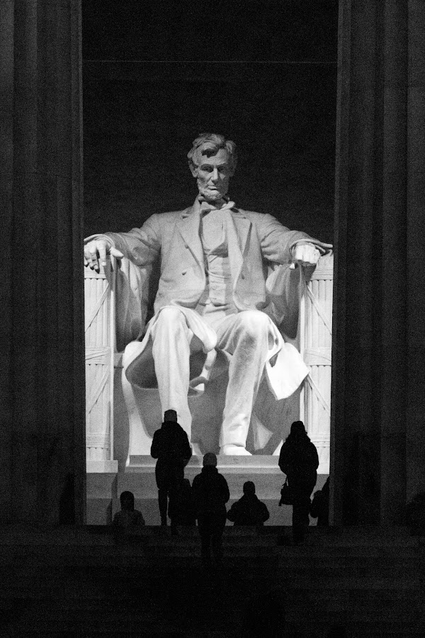 Lincoln Memorial by VAM Photography - Black & White Buildings & Architecture ( dc, memorial, b&w, travel, architecture,  )