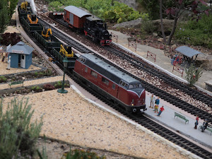 Train électrique miniature