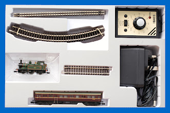 Photo: NSTEAM1 Analogue Steam Train Set