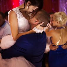 Wedding photographer Elya Ilyasova (Yolya). Photo of 27.07.2015