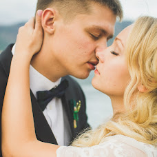 Wedding photographer Kseniya Turovaya (MrSBrightside). Photo of 29.09.2014