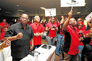 Sowetan has learnt that Cosatu president S'dumo Dlamini, left, is no longer keen to contest his position.