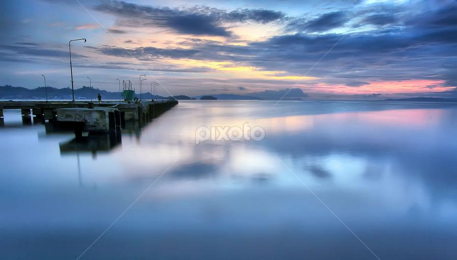 Refleksi Dermaga & Sunset by Jimmy Papia - Landscapes Sunsets & Sunrises ( harbor, banggai, sunset, art, landscape )