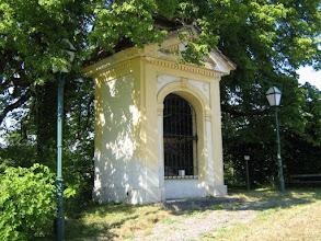Photo: Der Bildstock  -  sogen. Legatkreuz, neben Riesstraße 373