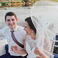 Wedding photographer Oksana Arkhipova (OksanaArkh). Photo of 19.03.2015