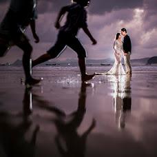 Wedding photographer Meiggy Permana (meiggypermana). Photo of 09.10.2018
