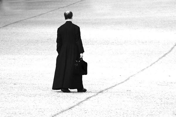 Il prete in cammino di luiker