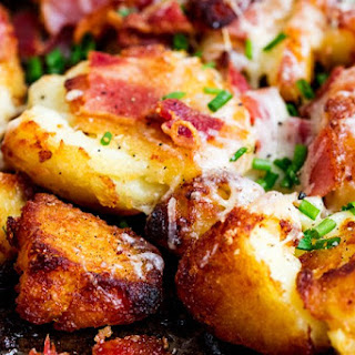 Smashed Roast Potatoes with Garlic, Bacon and Cheddar