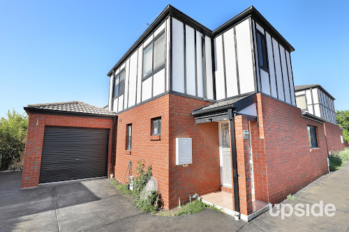 Photo of property at 2/17 Camperdown Avenue, Sunshine North 3020