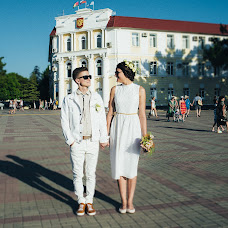 Wedding photographer Marina Pirogovskaya (Pirogovskaya). Photo of 18.07.2016