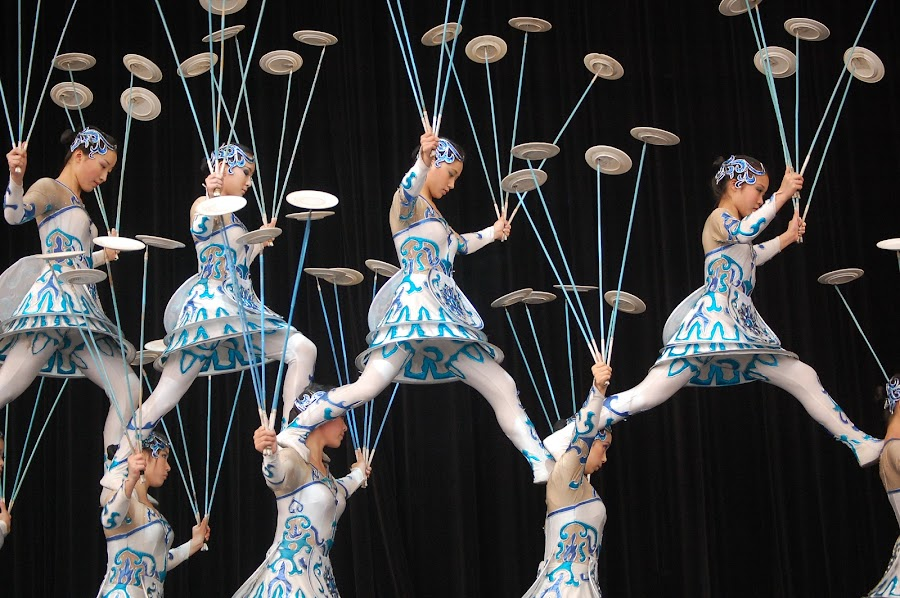 flying plates by Jon Radtke - People Musicians & Entertainers ( flying plates, radtke )