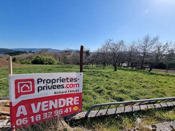 terrain à Celles-sur-Durolle (63)