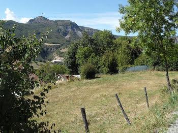terrain à Saint-Etienne-le-Laus (05)