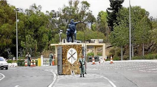 La Legión da el pésame a la familia de la niña atropellada en Roquetas