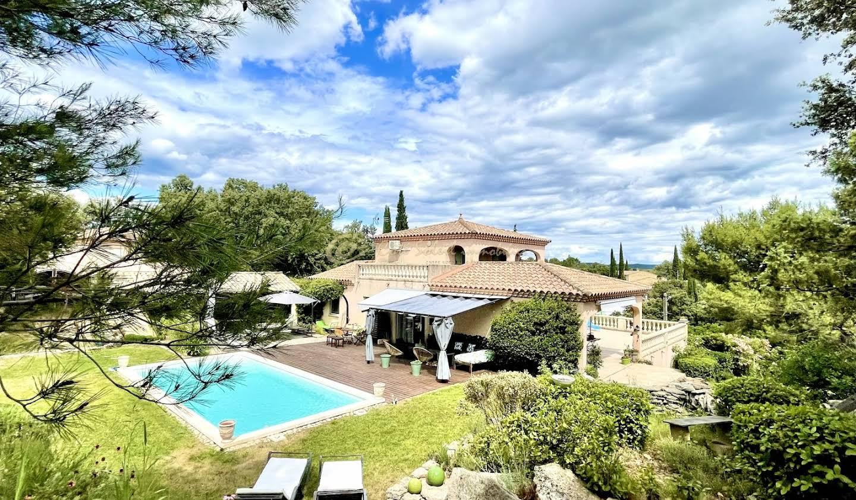 Maison avec piscine et terrasse Castillon-du-Gard